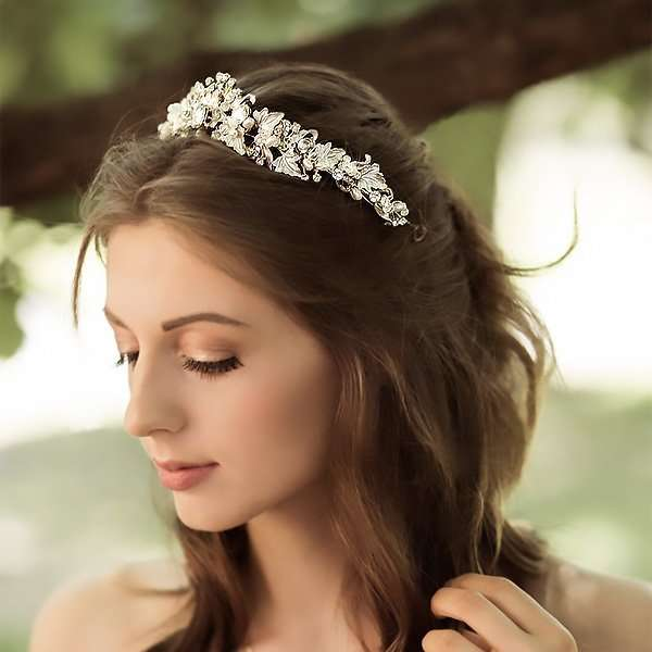 Alessandra Crown