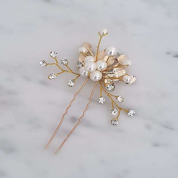 Wedding party hair pin