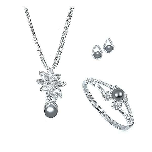 Jewellery, bridal set, earrings, Swarovski, crystal, bride, bridal, designs, wedding, Forever and Again Bridal and Beauty signature range