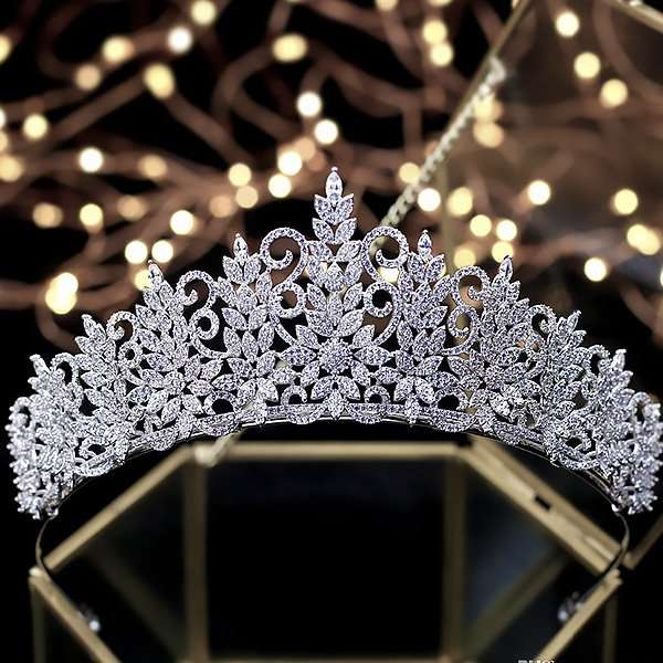 Bridal crown, tiara, wedding crown