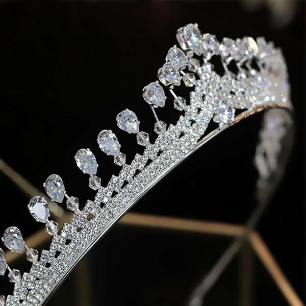 Cubic Zirconia Crown