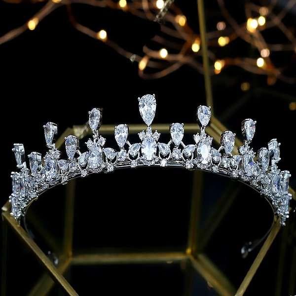 Victoria bridal crown