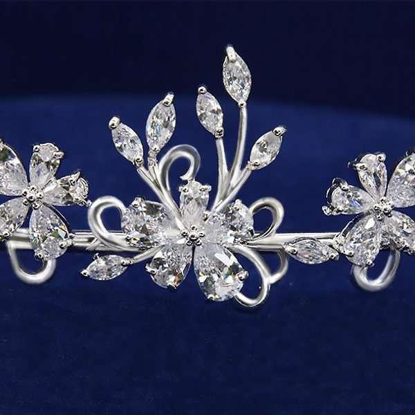 Alexis bridal headband