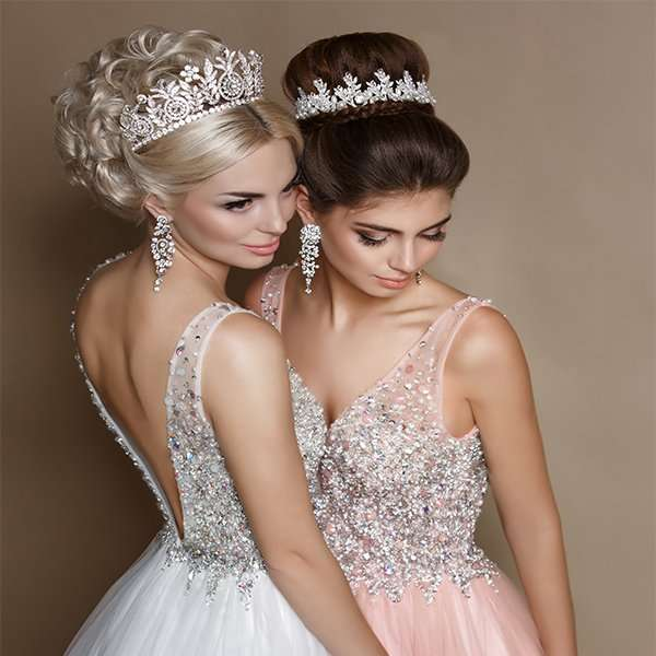 Shop bridal crowns and tiaras. We supply to Melbourne, Victoria, New South Wales, Sydney, Brisbane, Queensland, South Australia, Tasmania, Darwin, Perth