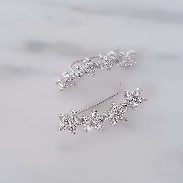 Earcuff earrings