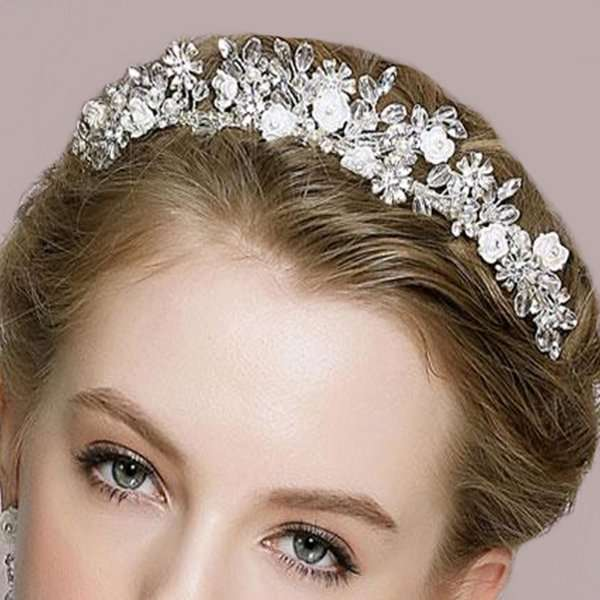 Oearl and crystal bridal crwon