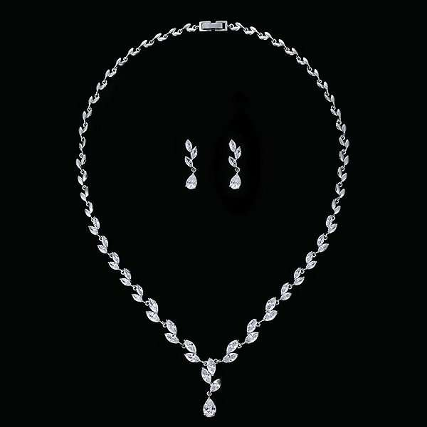 Cubic Zircon Set