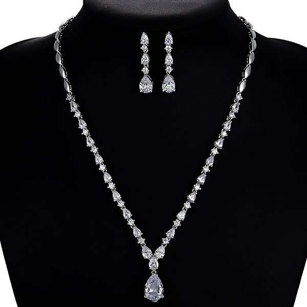 Bridesmaid or bridal jewellery set
